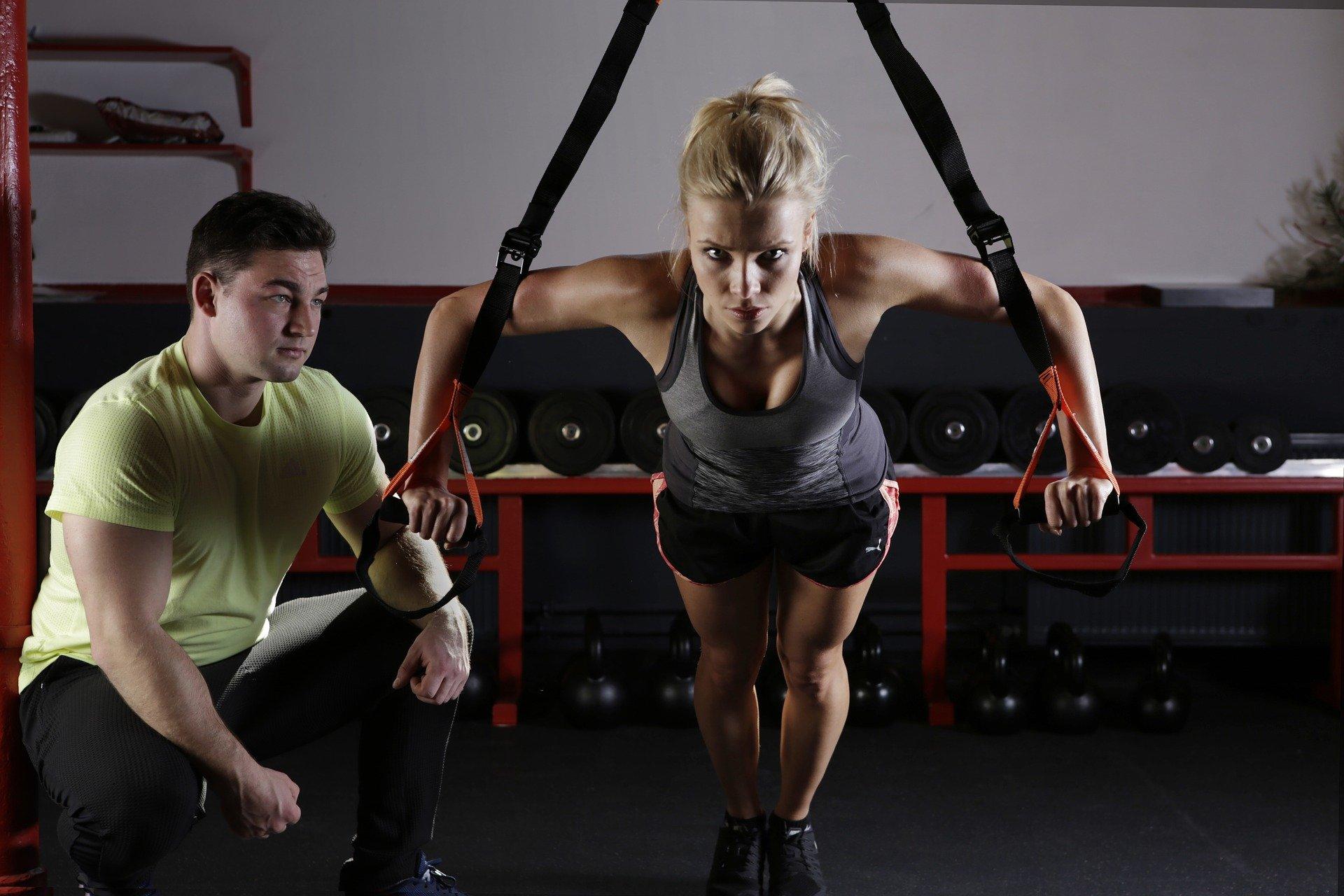 La musculation du dos permet de protéger son dos pour les tâches du quotidien