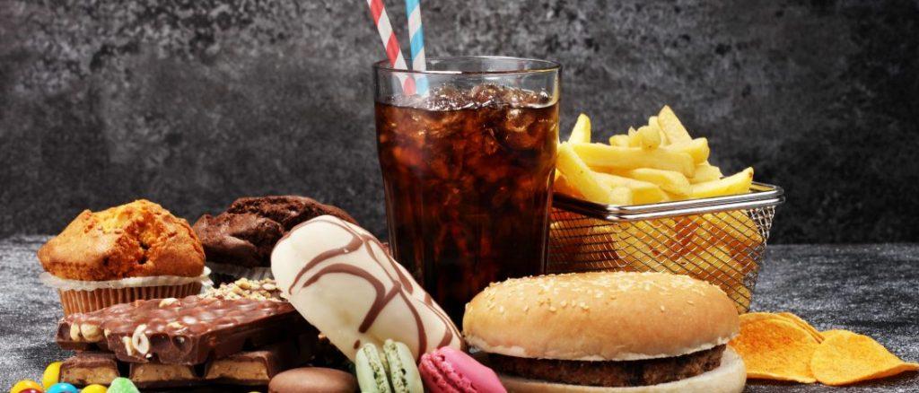 L'alimentation industrielle cause de la graisse viscérale