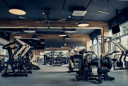 Savoir choisir sa salle de sport pour la reprise du sport