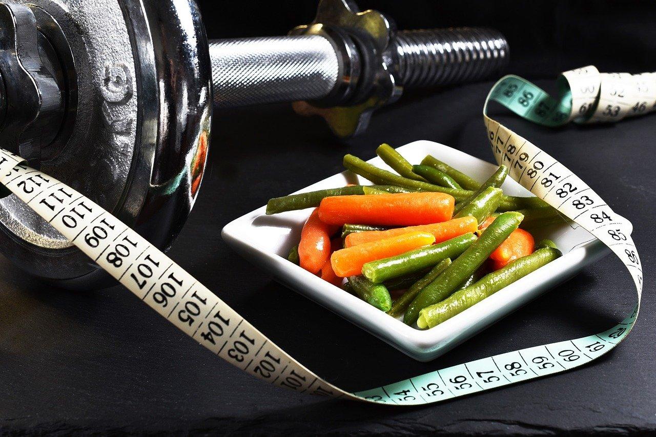 Perte de poids femme et manger sainement avec Epanouie par le fitness